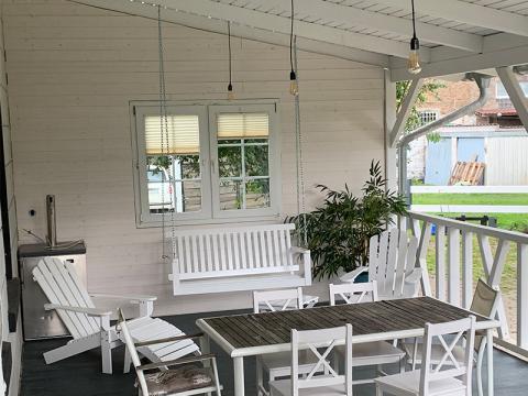 Holzdach Veranda weiß individuell