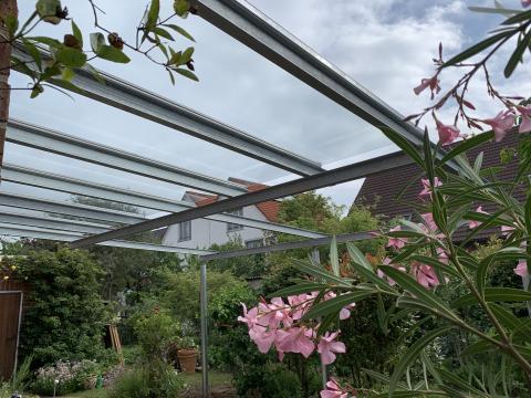 Terrassendach Stahlverzinkt teilverglast